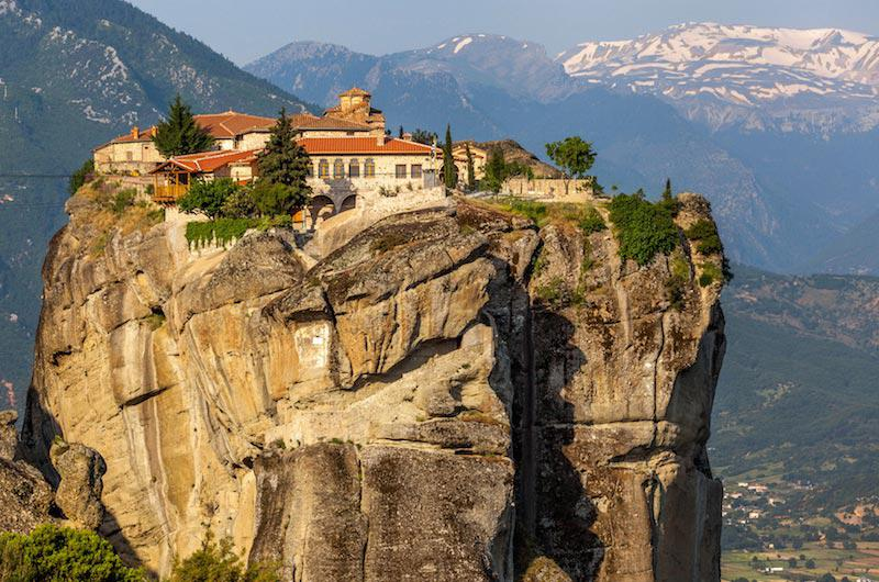 Индивидуальная паломническая экскурсия в монастыри Метеоры. Целый день